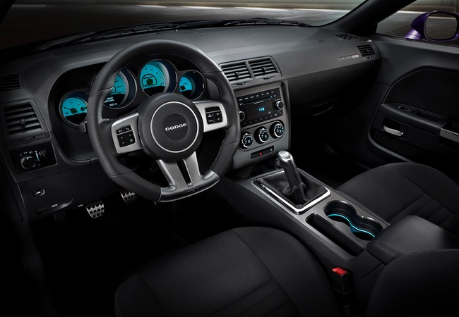 2014 Dodge Challenger Interior Pictures