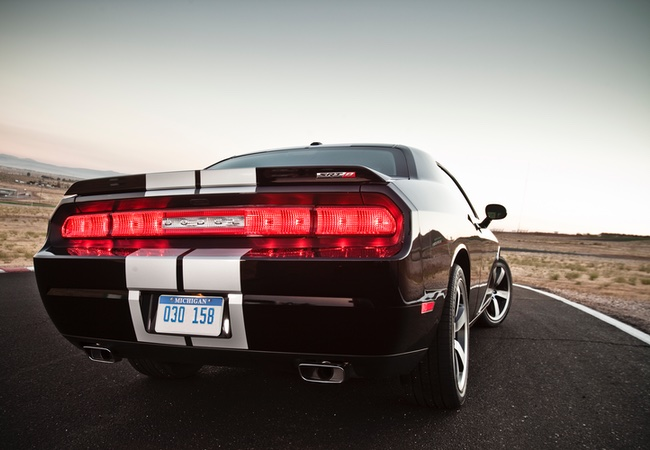 2014 Dodge Challenger SRT8 392 rear-wheel drive 6.4-liter V8 engine